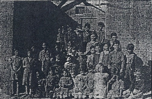 Dora Baca Romero and students in her first year of teaching at Cañon School in 1937-38. Photo from Albuquerque Journal, 1992.